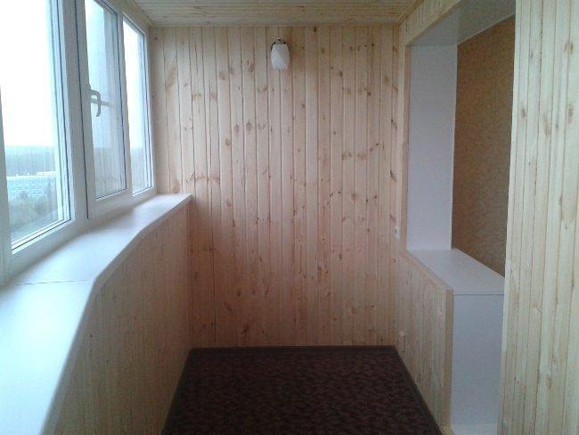 Обшивка балкона в частном доме