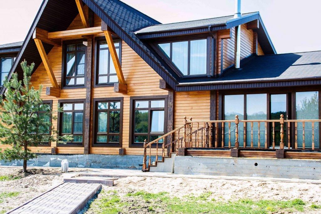 Остекление частных домов быстро и качественно