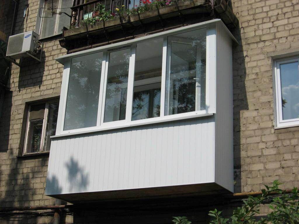 Остекление балкона в хрущевке со скидкой и гарантией