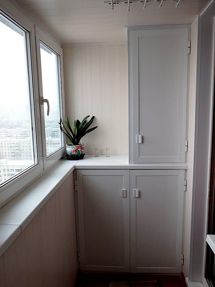 Установка шкафов на балконе дешево и качественно